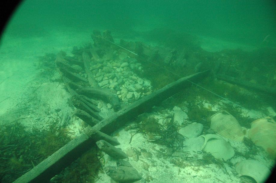 De l'estran aux gisments archéologiques sous-marins
